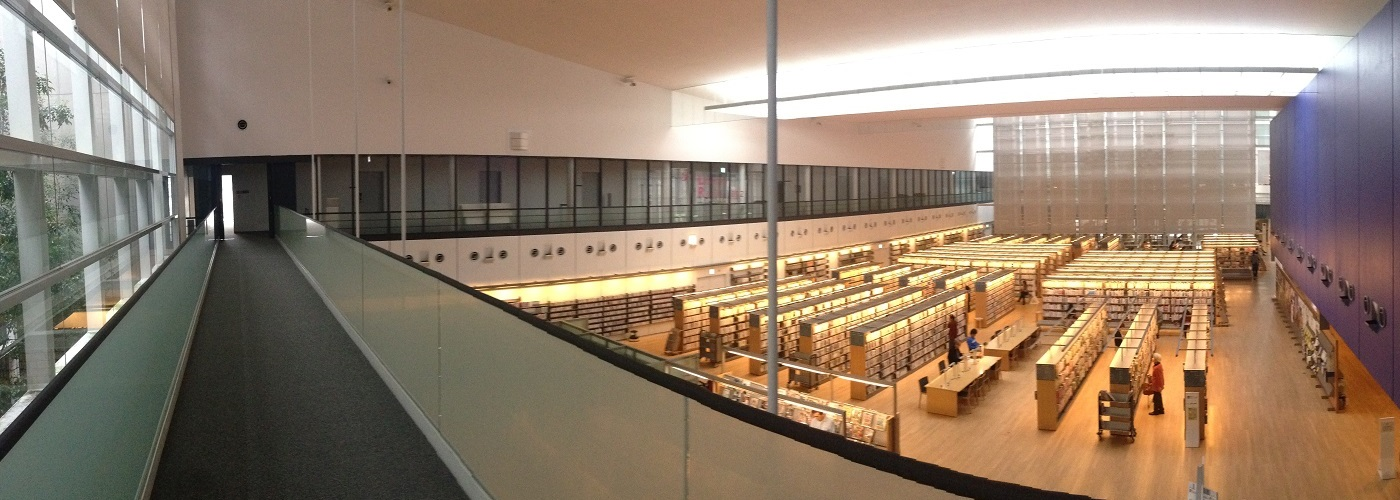 YCAM図書館02